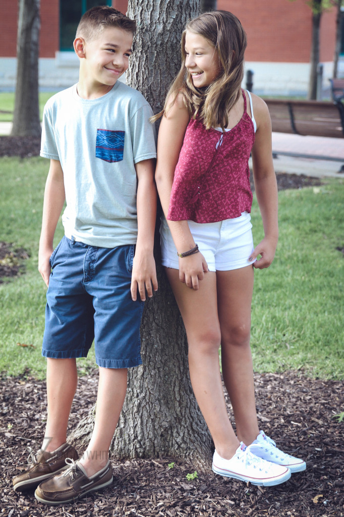 Meagan White Photo - Jake and Annie 006