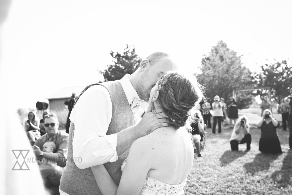 Meagan White Photo - John and Amber 271