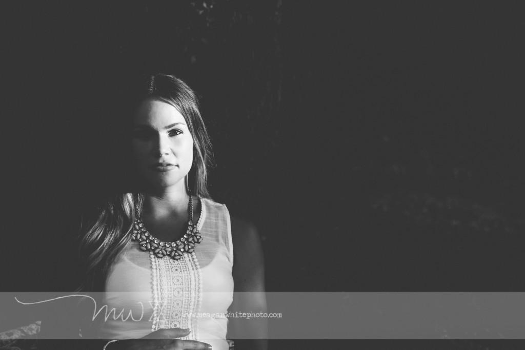 Meagan White Photo - Ross 044